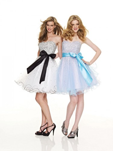 Sweatheart-Neckline-Bowknot-Short-Dresses.jpg